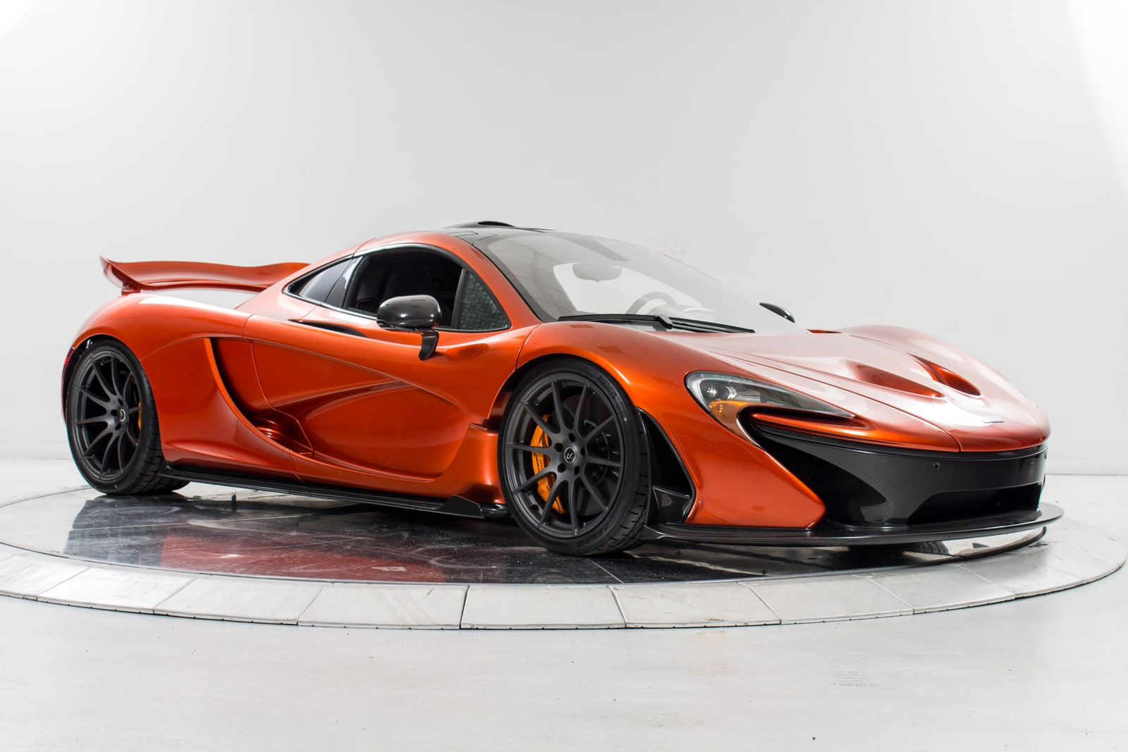 used 2015 mclaren p1 for sale plainview near long island ny vin sbm12aba7fw000312. Black Bedroom Furniture Sets. Home Design Ideas