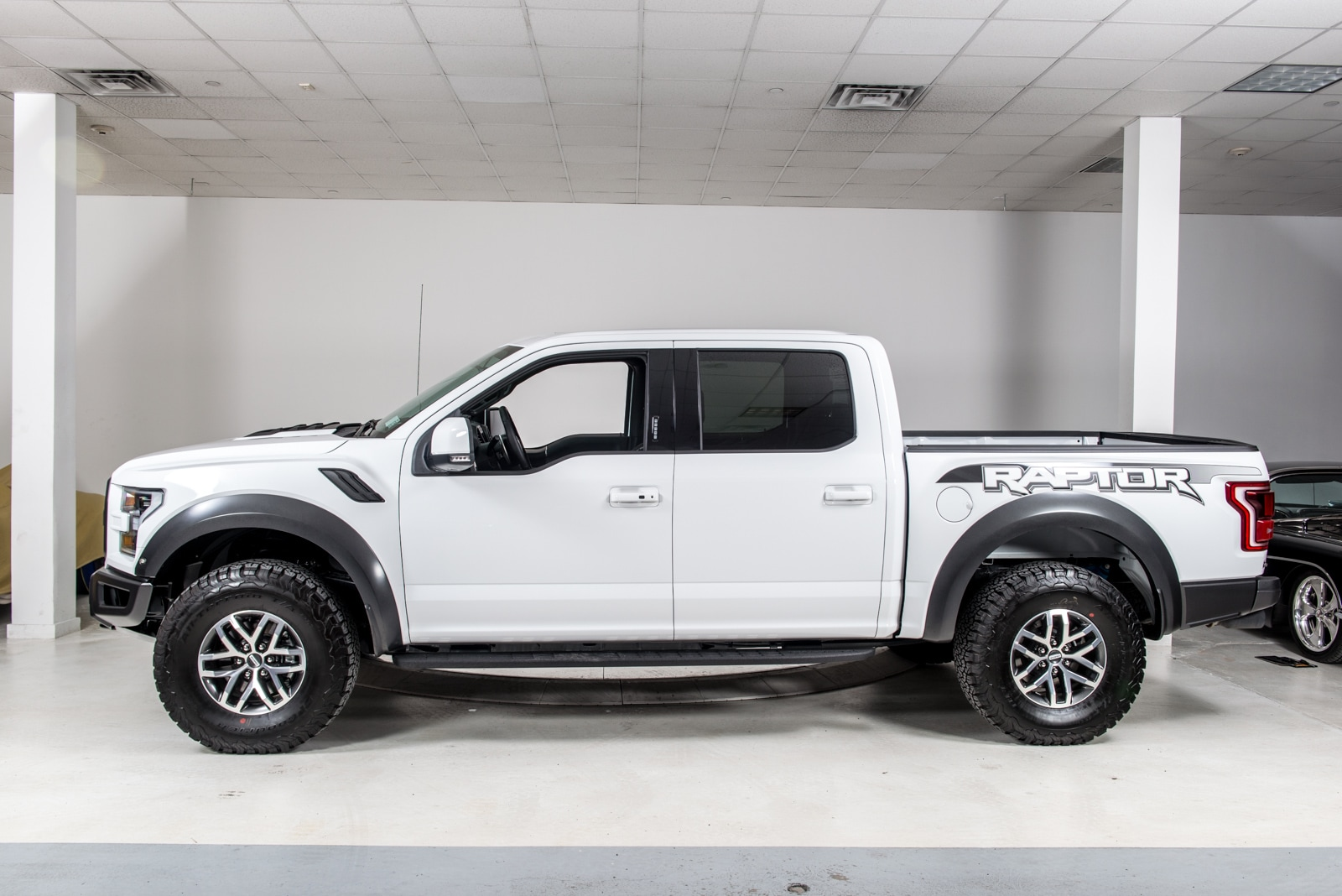 used 2017 ford f 150 raptor 4x4 supercrew for sale plainview near long island ny vin. Black Bedroom Furniture Sets. Home Design Ideas
