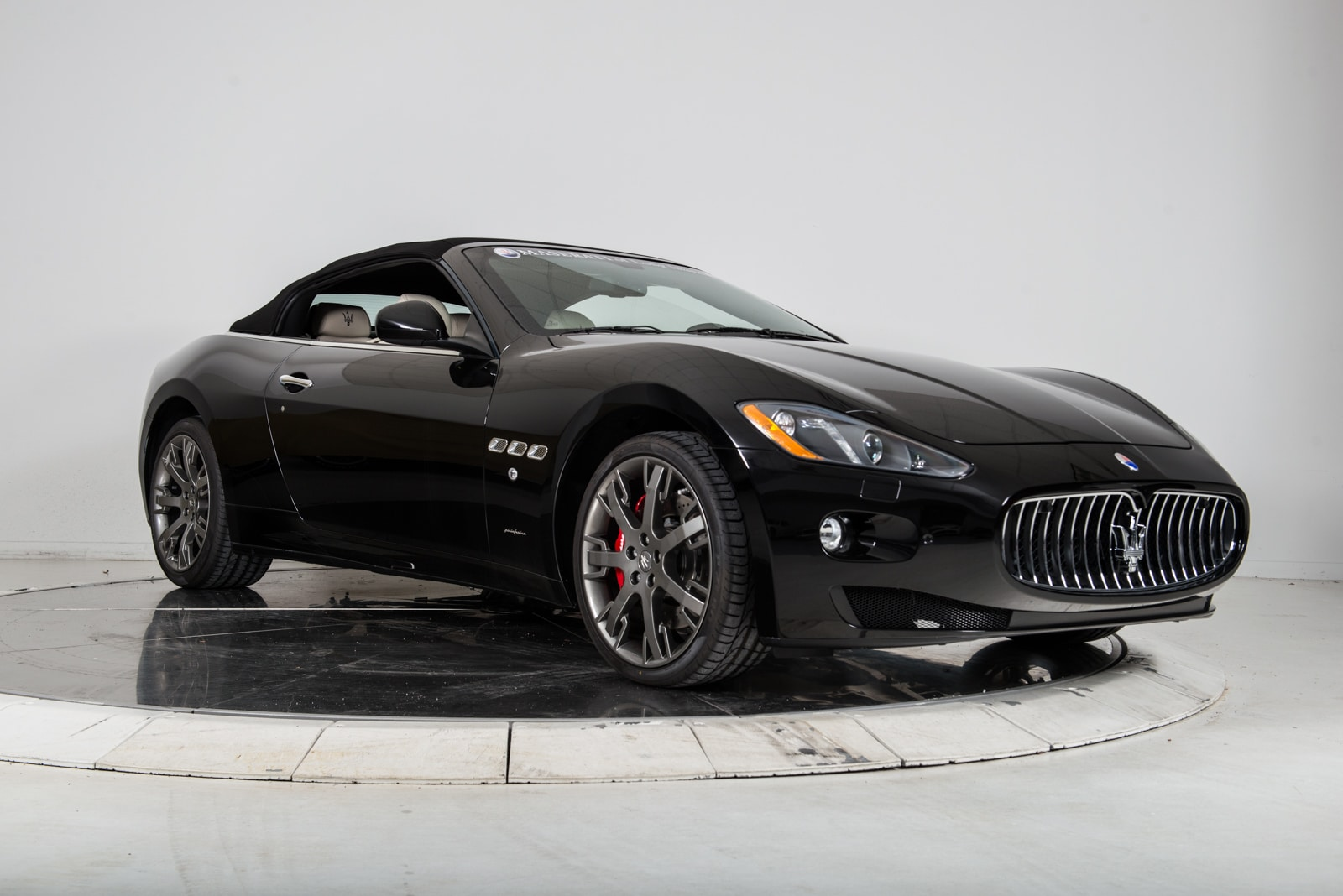 new 2017 maserati gt convertible for sale plainview. Black Bedroom Furniture Sets. Home Design Ideas