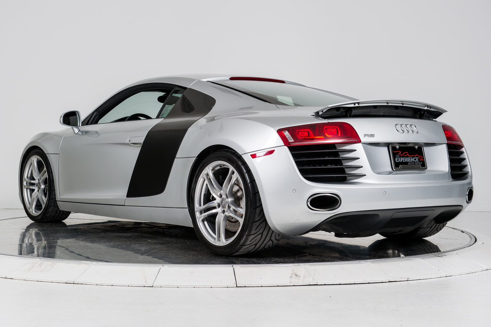 used 2009 audi r8 4 2 for sale plainview near long. Black Bedroom Furniture Sets. Home Design Ideas