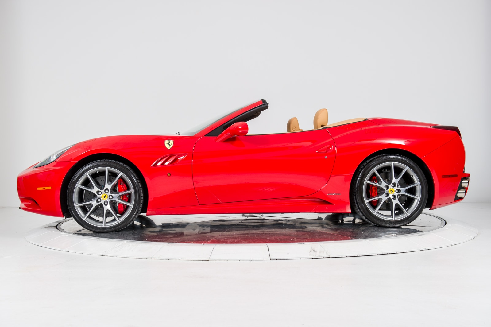Used 2012 FERRARI CALIFORNIA in Red For Sale in NYC | VIN ...