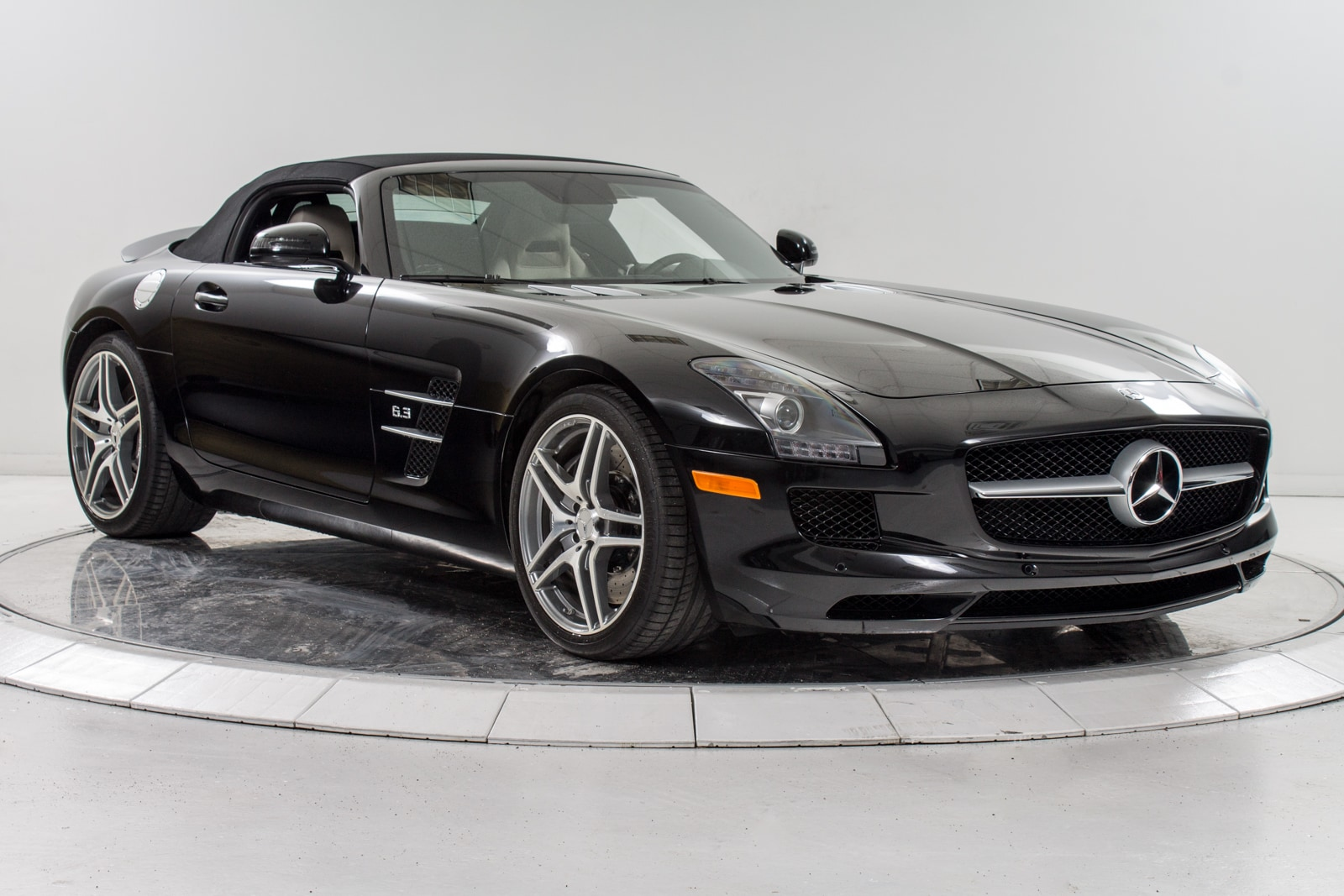 Used 2012 mercedes benz sls amg roadster for sale for Mercedes benz sls convertible for sale