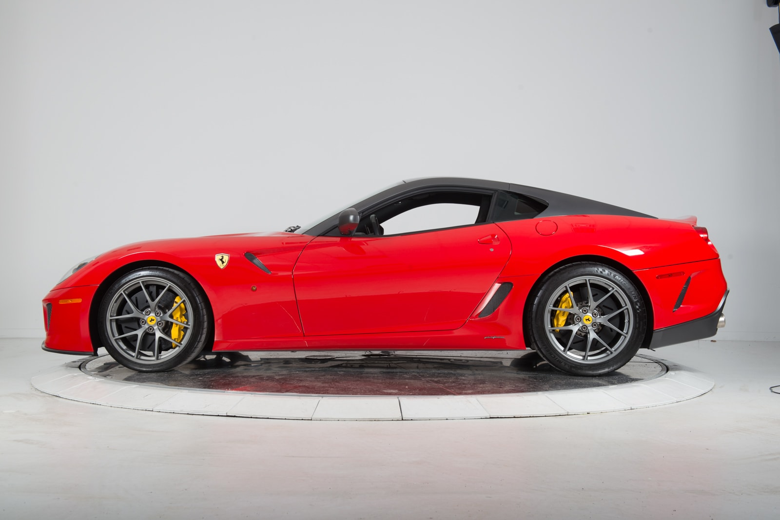 used 2011 ferrari 599 gto for sale fort lauderdale fl. Black Bedroom Furniture Sets. Home Design Ideas