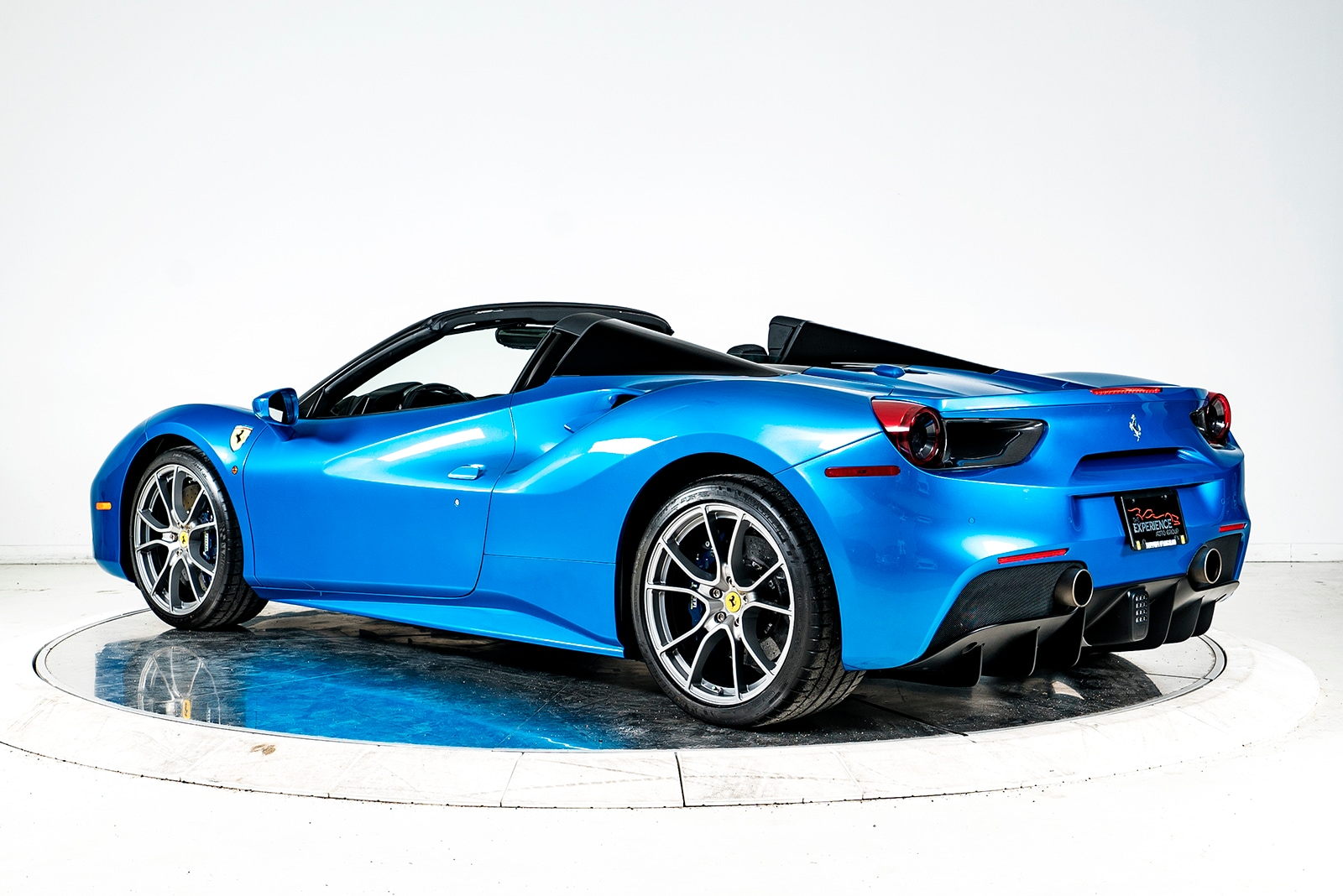 used 2017 ferrari 488 spider for sale plainview near long island ny vin zff80ama7h0222950. Black Bedroom Furniture Sets. Home Design Ideas