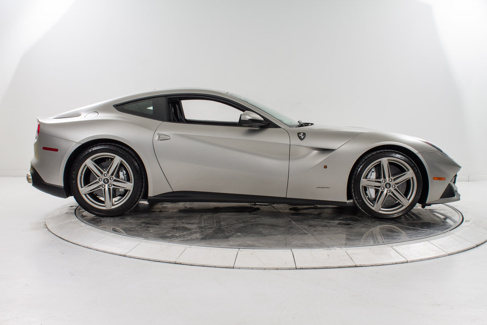 used 2014 ferrari f12 berlinetta for sale plainview near long island ny vin zff74ufaxe0196726. Black Bedroom Furniture Sets. Home Design Ideas