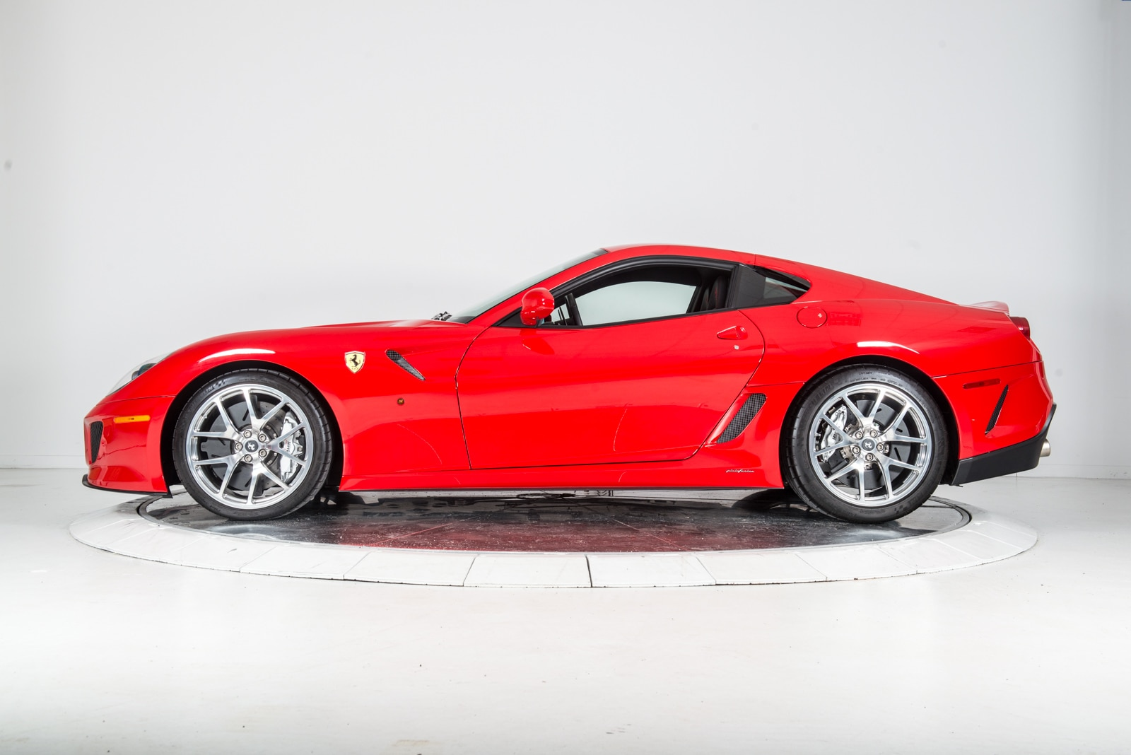used 2011 ferrari 599 gto for sale plainview near long island ny vin zff70rca4b0180532. Black Bedroom Furniture Sets. Home Design Ideas