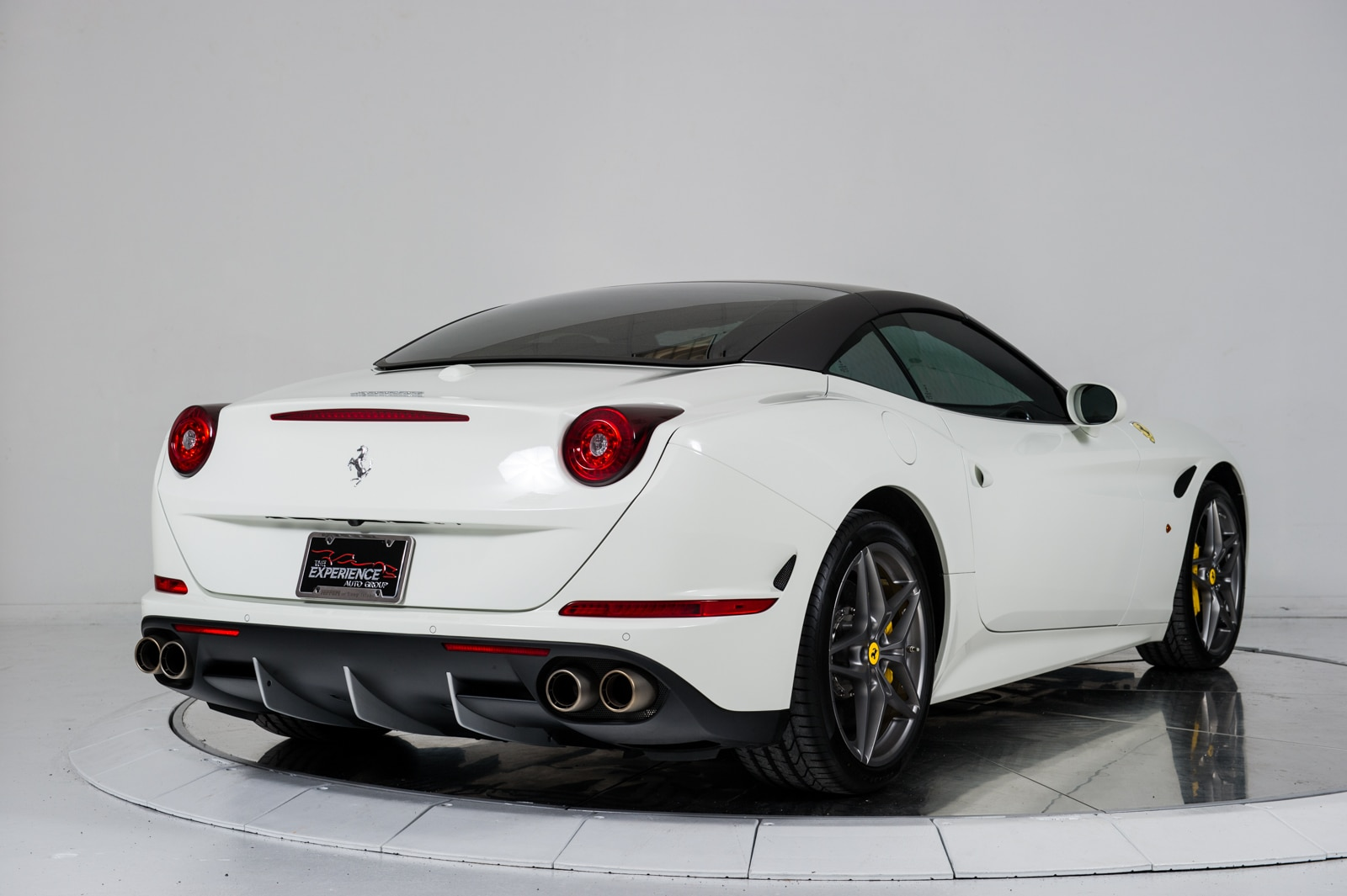 used 2015 ferrari california t for sale plainview near. Black Bedroom Furniture Sets. Home Design Ideas