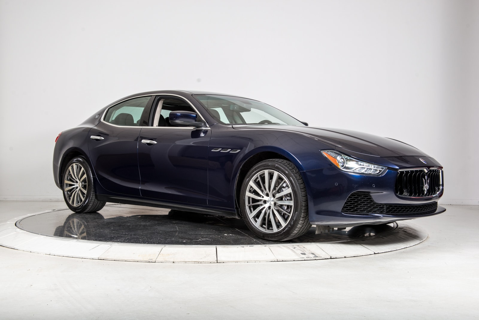 used 2015 maserati ghibli s q4 for sale plainview near long island ny vin zam57rta7f1131810. Black Bedroom Furniture Sets. Home Design Ideas