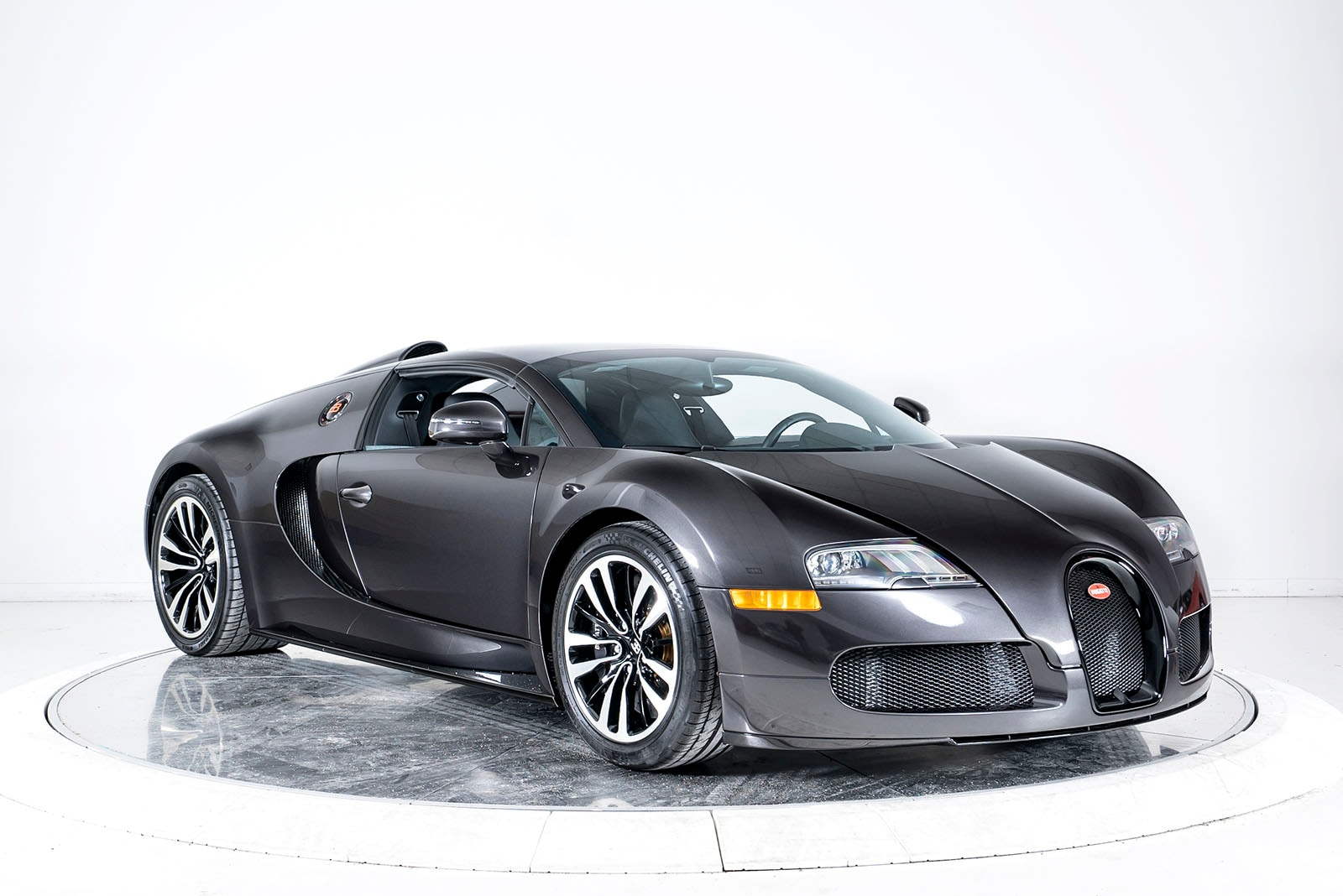 used 2012 bugatti veyron 16 4 grand sport for sale plainview near long island ny vin. Black Bedroom Furniture Sets. Home Design Ideas