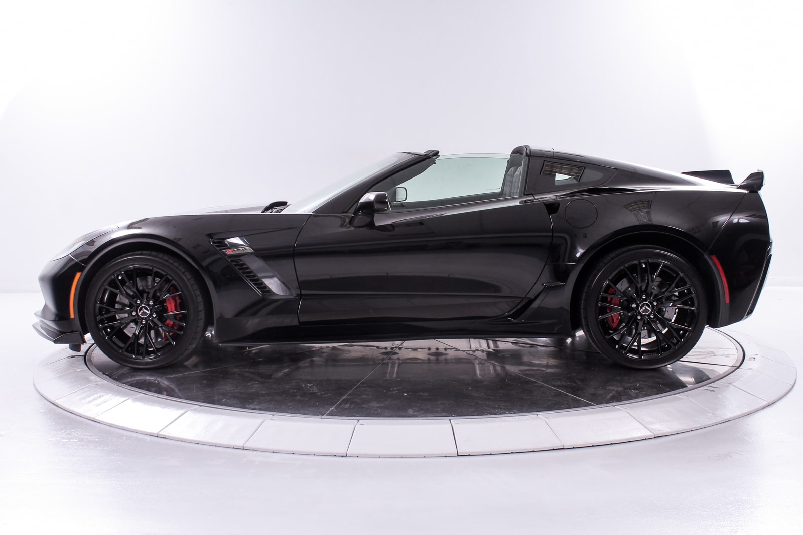 used 2015 chevrolet corvette z06 for sale plainview near long island ny vin 1g1ys2d62f5604323. Black Bedroom Furniture Sets. Home Design Ideas