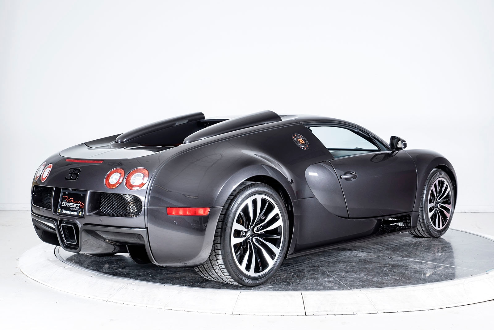 used 2012 bugatti veyron 16 4 grand sport for sale plainview near long island ny vin. Black Bedroom Furniture Sets. Home Design Ideas