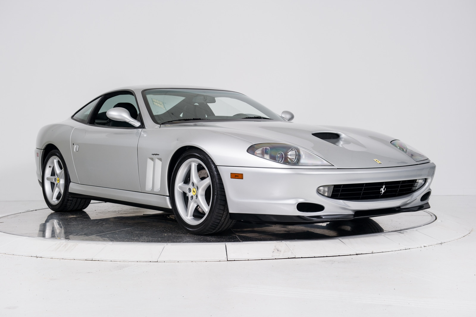 used 2000 ferrari 550 maranello for sale plainview near long island ny vin zffzs49a7y0121545. Black Bedroom Furniture Sets. Home Design Ideas