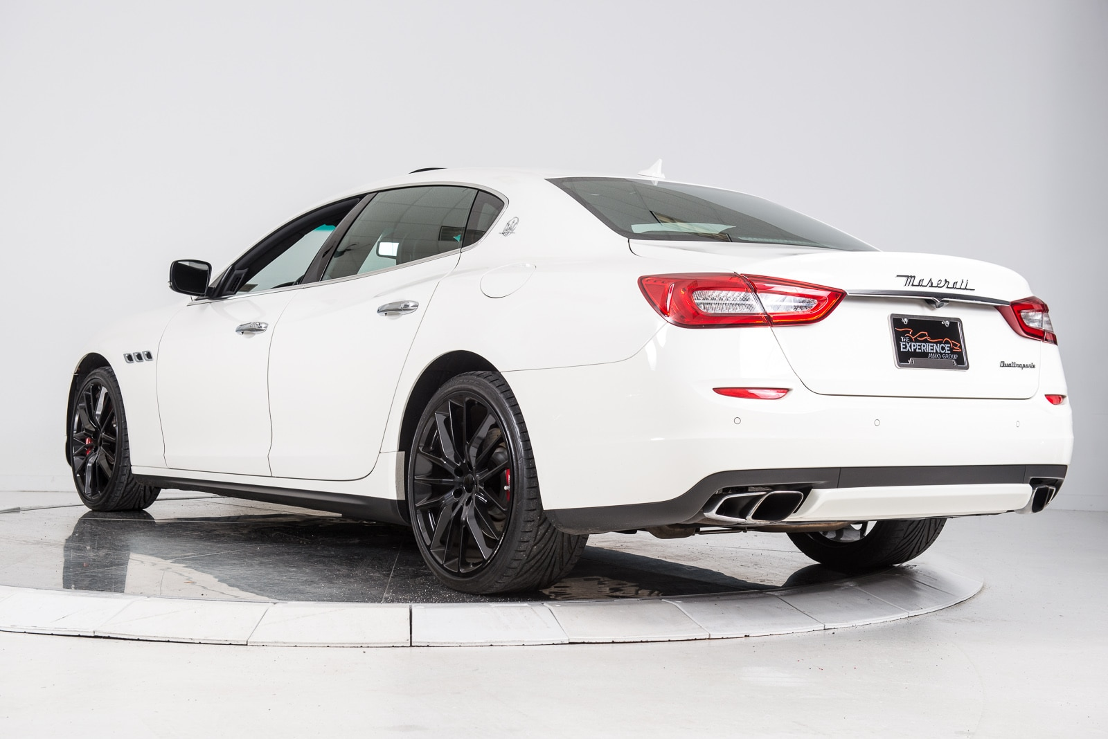 used 2014 maserati quattroporte gts for sale plainview. Black Bedroom Furniture Sets. Home Design Ideas