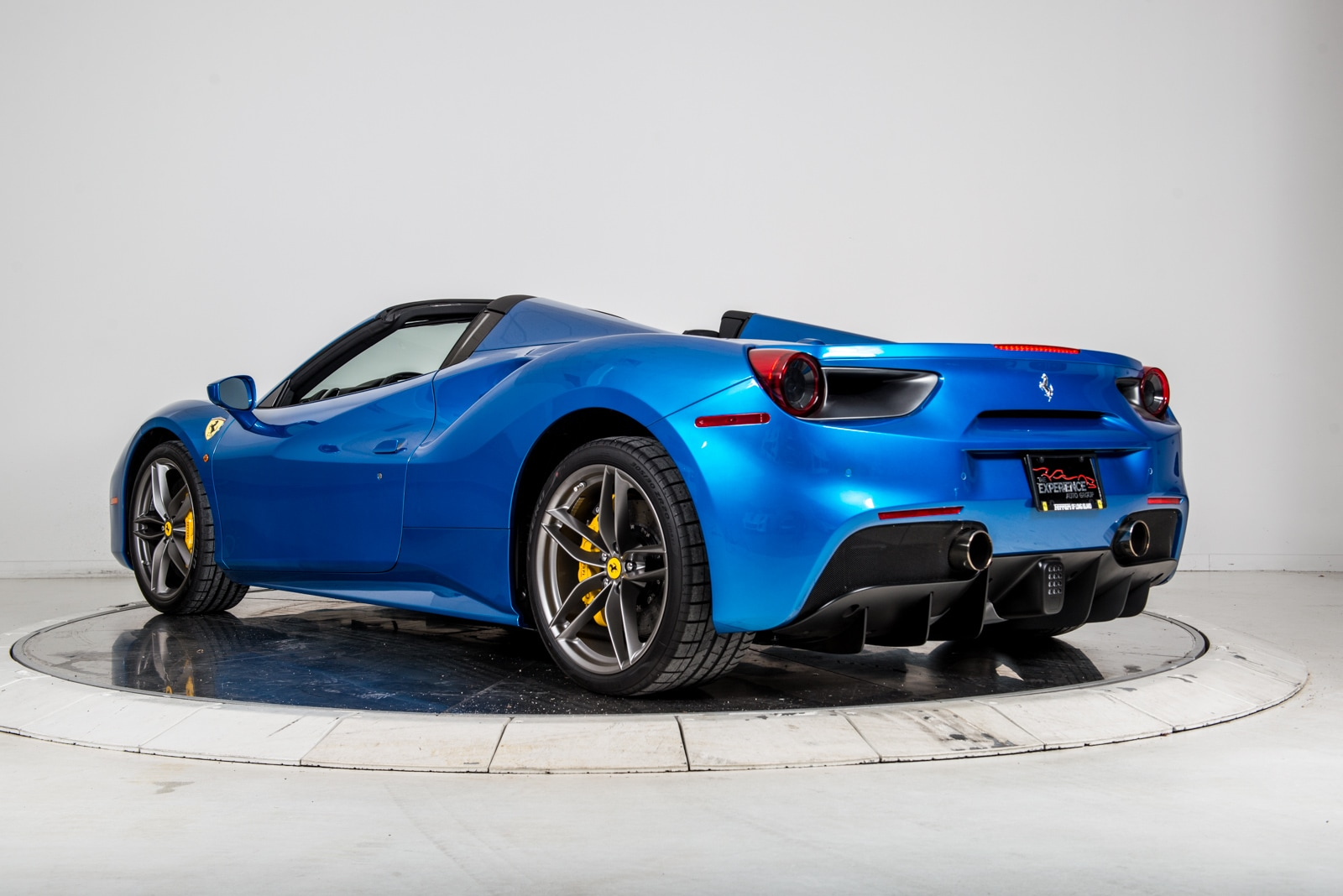 used 2016 ferrari 488 spider for sale plainview near long island ny vin zff80ama0g0218933. Black Bedroom Furniture Sets. Home Design Ideas