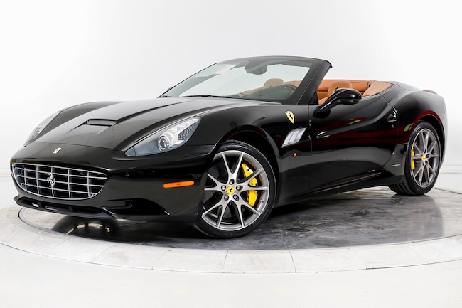 2014 FERRARI CALIFORNIA Convertible for sale in Plainview, NY at Ferrari of Long Island