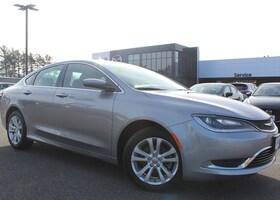 2016 Chrysler 200 Limited FWD Sedan