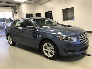 2018 Ford Taurus SEL Mid-Size Car