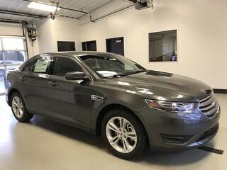 2018 Ford Taurus SEL Mid-Size Car