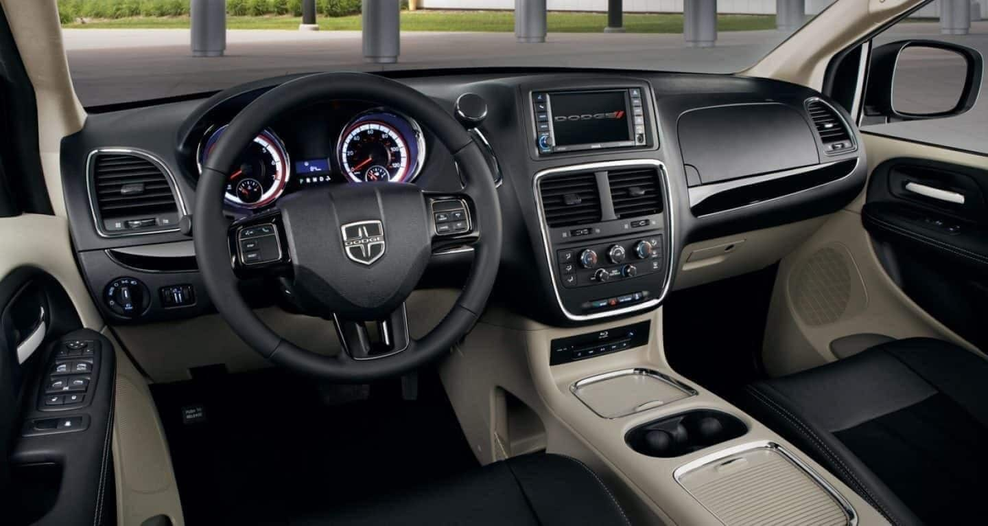 Picture of Dodge Grand Caravan interior technology features