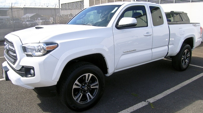 2016 Toyota Tacoma TRD Sport Truck Access Cab