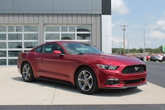 2016 Ford Mustang EcoBoost Fastback EcoBoost