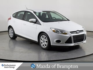 2014 Ford Focus SE. BLUETOOTH. HTD SEATS. KEYLESS. SPOILER Hatchback
