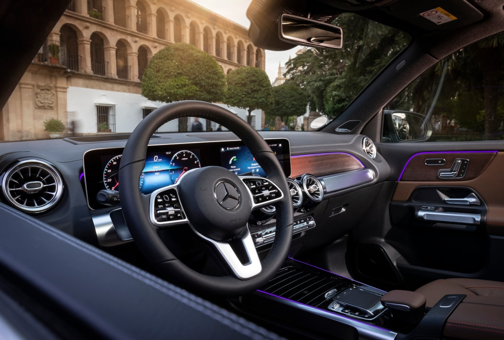 2020 Mercedes-Benz Front Seat