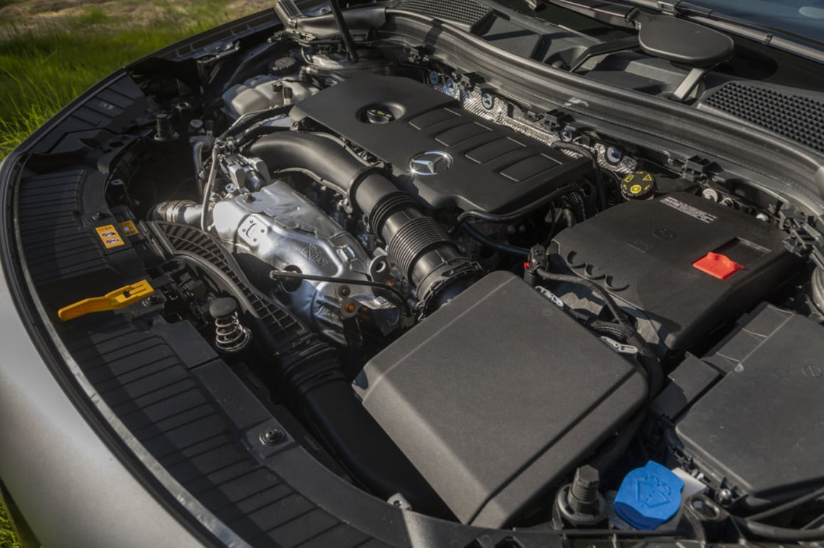 2021 Mercedes-Benz GLA Engine