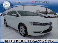 Used 2015 Chrysler 200 Limited Sedan for sale in Altoona PA