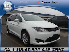 Used 2018 Chrysler Pacifica Touring L Van for sale in Altoona PA