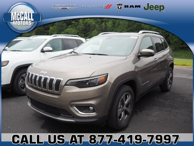 New 2019 Jeep Cherokee LIMITED 4X4 Sport Utility Altoona PA
