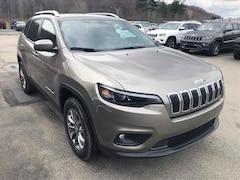 New 2019 Jeep Cherokee LATITUDE PLUS 4X4 Sport Utility for sale in Altoona PA