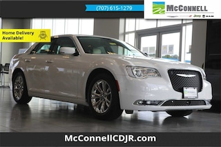 2021 Chrysler 300 TOURING L Sedan 2C3CCAAG0MH515883