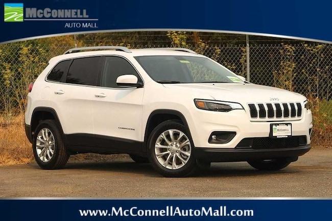 New 2019 Jeep Cherokee LATITUDE FWD Sport Utility 1C4PJLCB4KD248323 for sale near Santa Rosa CA