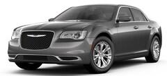 2019 Chrysler 300 TOURING L Sedan 2C3CCAAG2KH675972