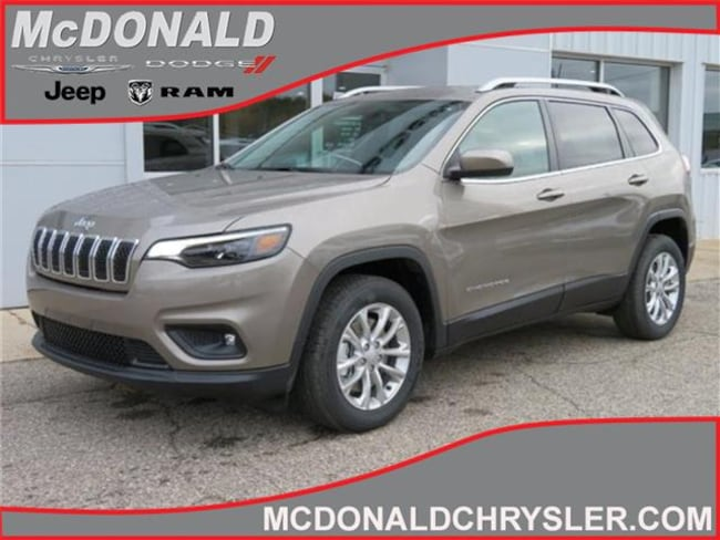 New 2019 Jeep Cherokee LATITUDE FWD Sport Utility Near Saginaw