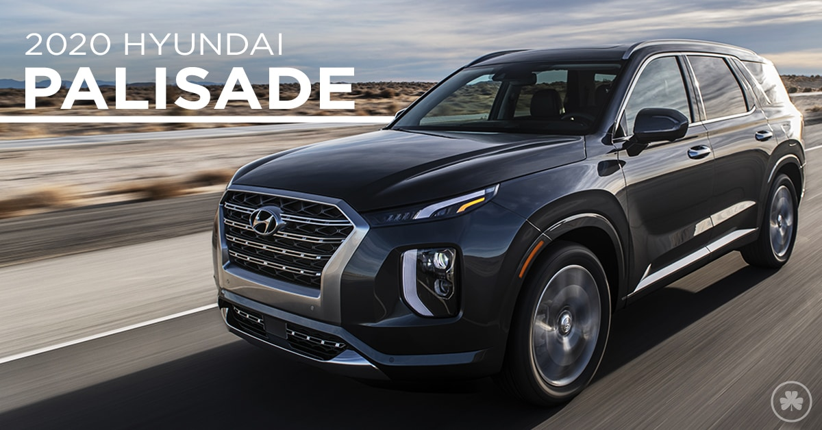 2020 Hyundai Palisade Driving down the road
