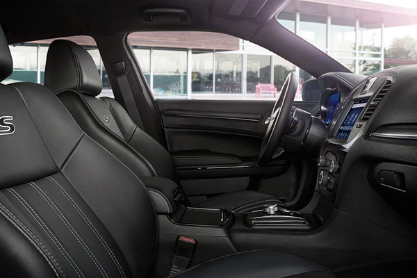 Chrysler 300S interior seating