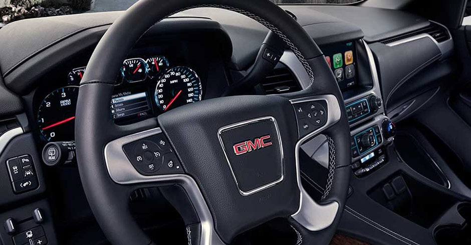 GMC Yukon Black Interior Steering Wheel View