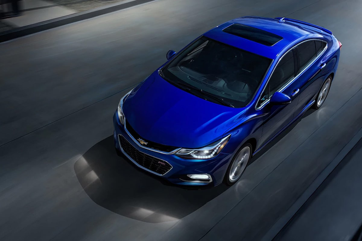The Cruze has all the tech to keep you connected and impressive fuel efficiency to take you further