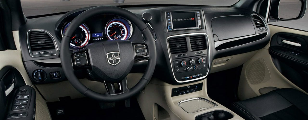 2018 dodge grand caravan dashboard and steering wheel