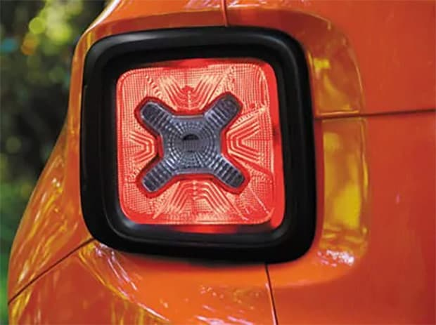 Jeep Renegade Latitude Tail light