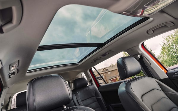 2019 VW Tiguan interior sunroof