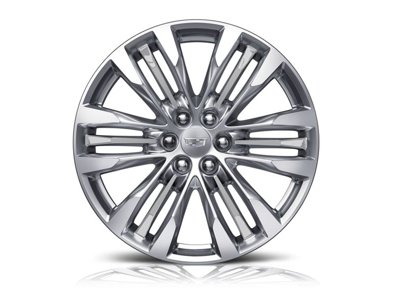 18-inch Aluminum with Bright Machined Finish and Light Argent Accents - Standard on XT5 Luxury
