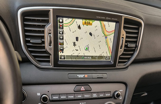 Kia Sportage Cross traffic alert system