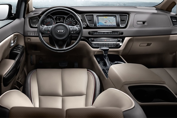 2019 Kia Sedona interior front leather seats and dash