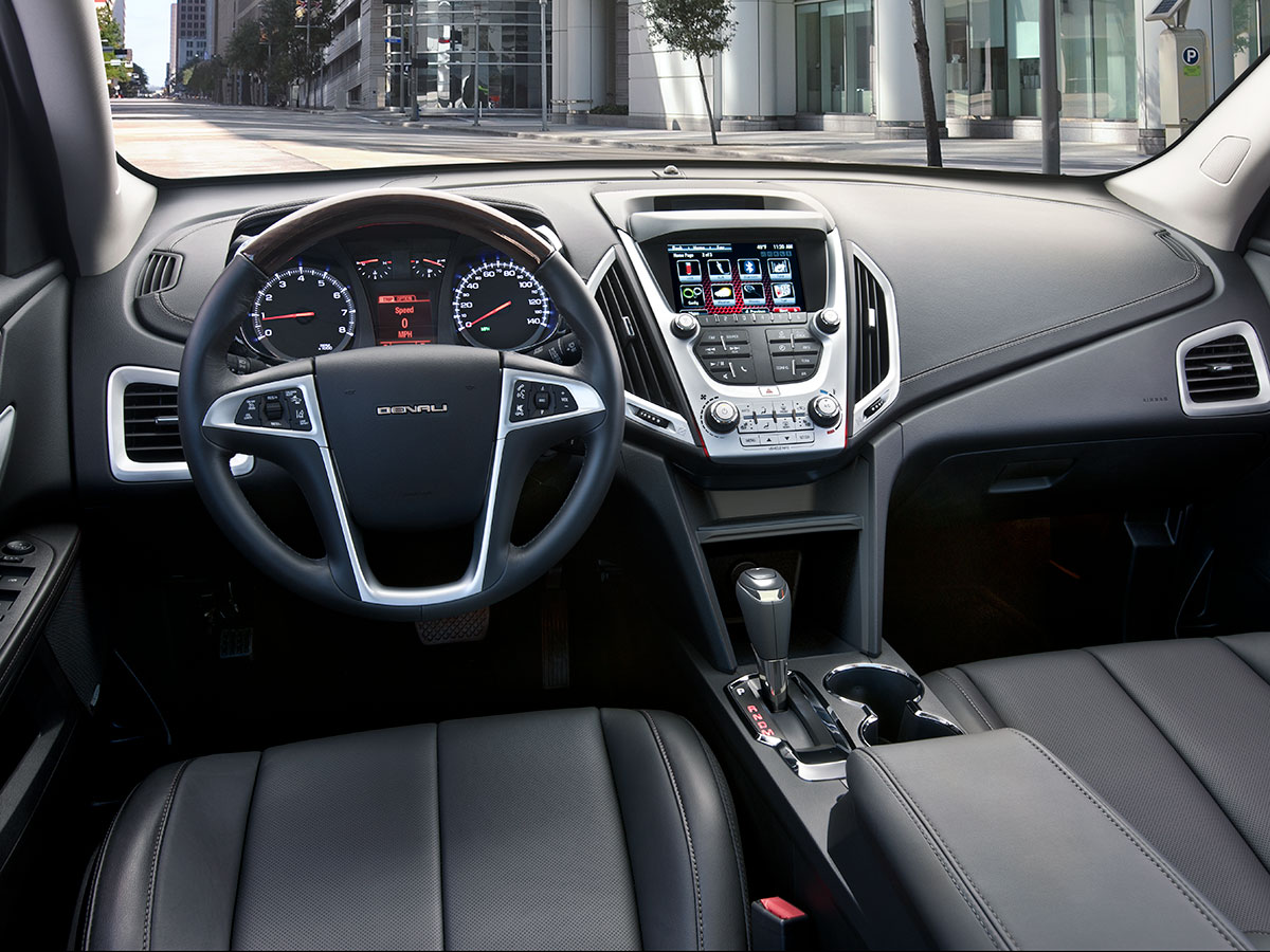 2017 GMC Terrain Denali interior seating