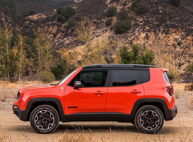 2016 Jeep Renegade in the country side