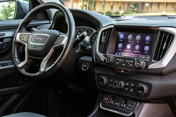 2019 GMC Terrain front dash infotainment center