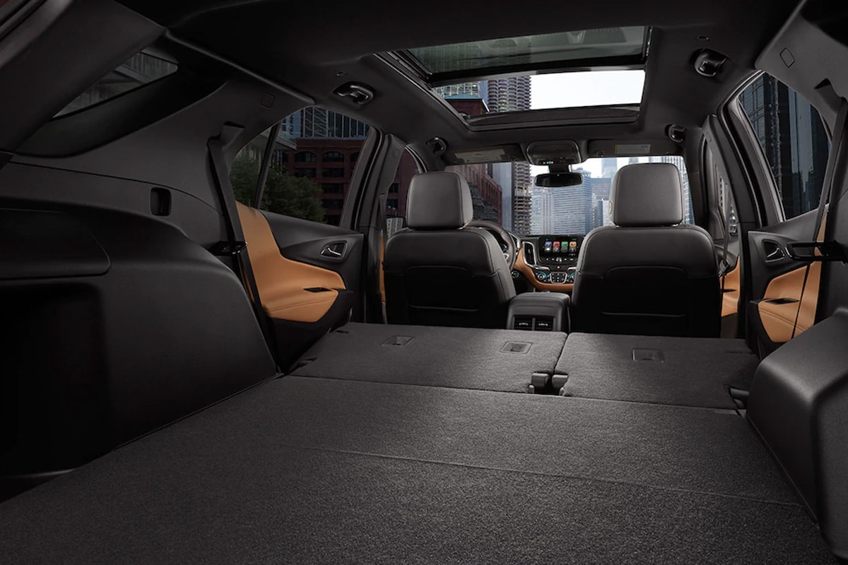 The 2018 Equinox features a massive 63.5 cu. ft. maximum storage volume